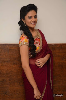 Srimukhi-photos-at-Pellichupullu-Movie-Audio-Launch