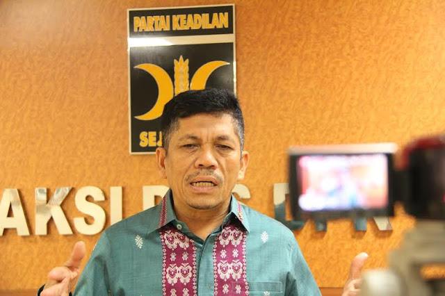 Politisi PKS Ini Pertanyakan Kecilnya Penurunan Harga BBM