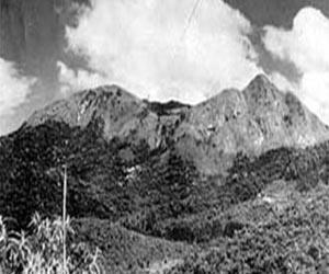 Pico do Jaraguá na primeira metade do século 20, antes da instalação das antenas. Foto: acervo Luciano Francisco Santos