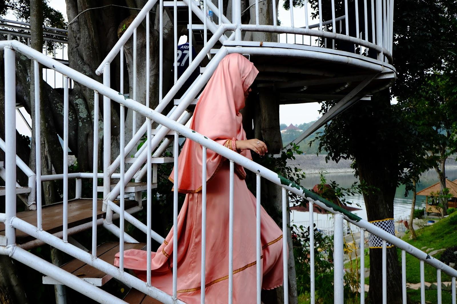 Publikasi Survei Muslimah Dan Hijab Apa Dan Bagaimana Pengalaman Serta Pandangan Para Muslimah Berhijab Monilando S