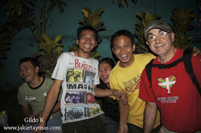 Gente amigable en Yakarta