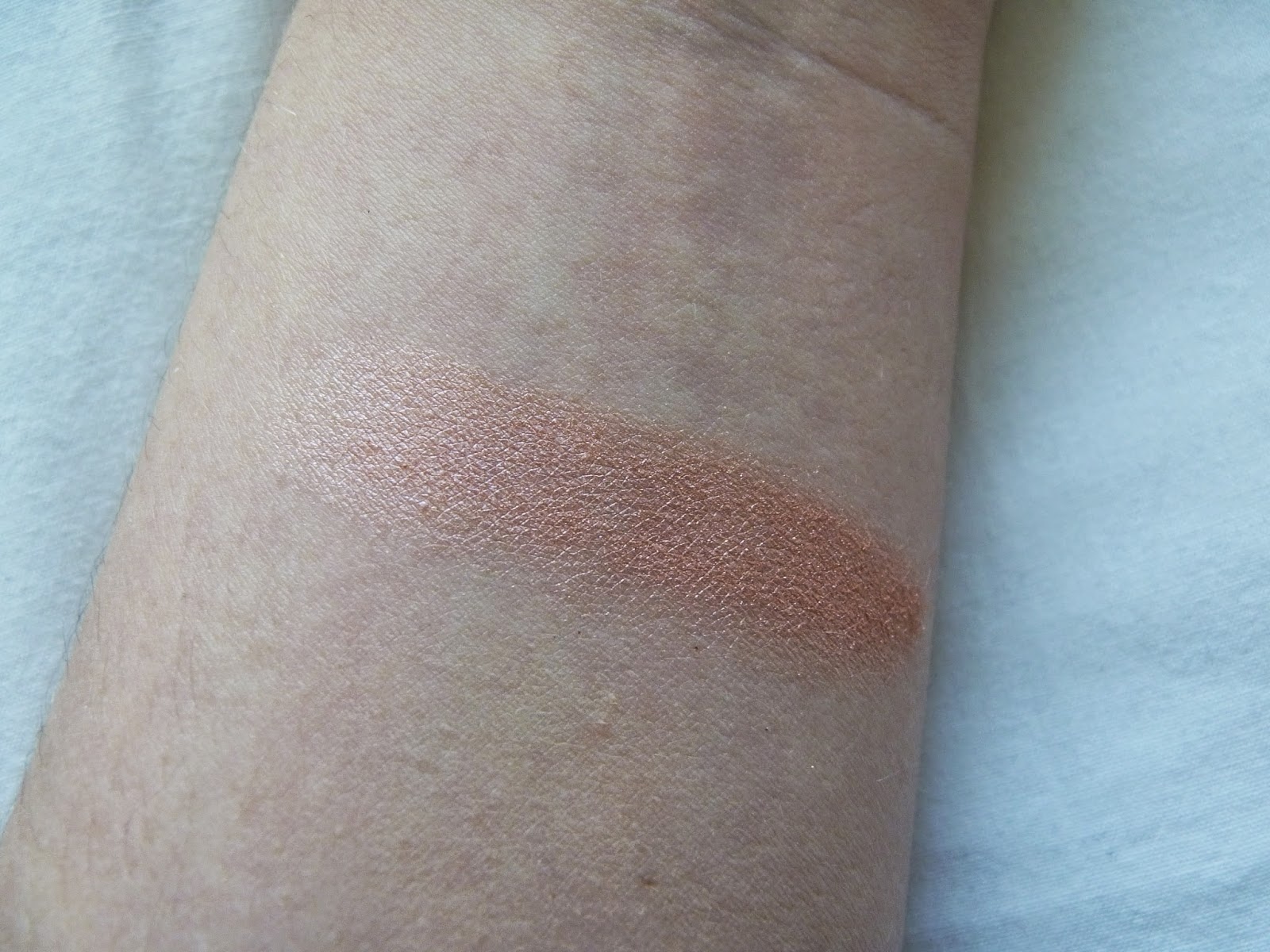 MAC Mineralize Skin Finish MSF Stereo Rose Blush Highlight Swatch
