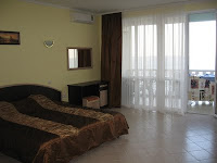 Фотогалерея 2-комнатных апартаментов отельного комплекса в Семидворье