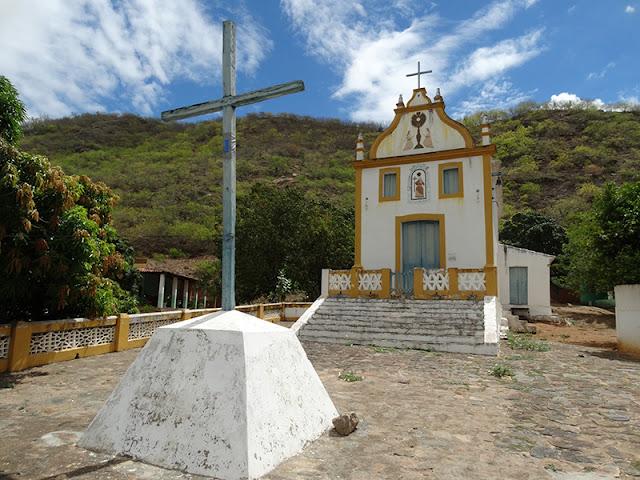 www.canionsxingo.com.br -  A Capela ou Igreja de Santo Antônio fica localizada no alto de um dos montes que cercam o centro histórico da cidade de Piranhas - AL