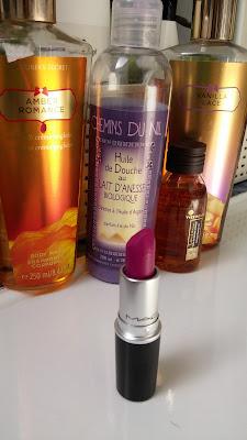 Photo Flat Out Fabulous MAC rouge à lèvres