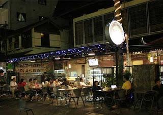 http://www.teluklove.com/2017/04/pesona-keindahan-wisata-malam-jalan.html
