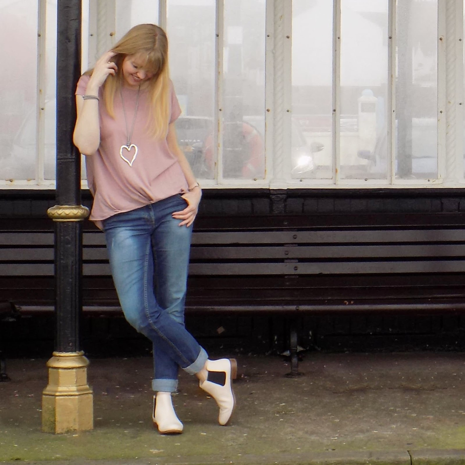 Pink jersey top with boyfriend jeans and nude pink Chelsea boots