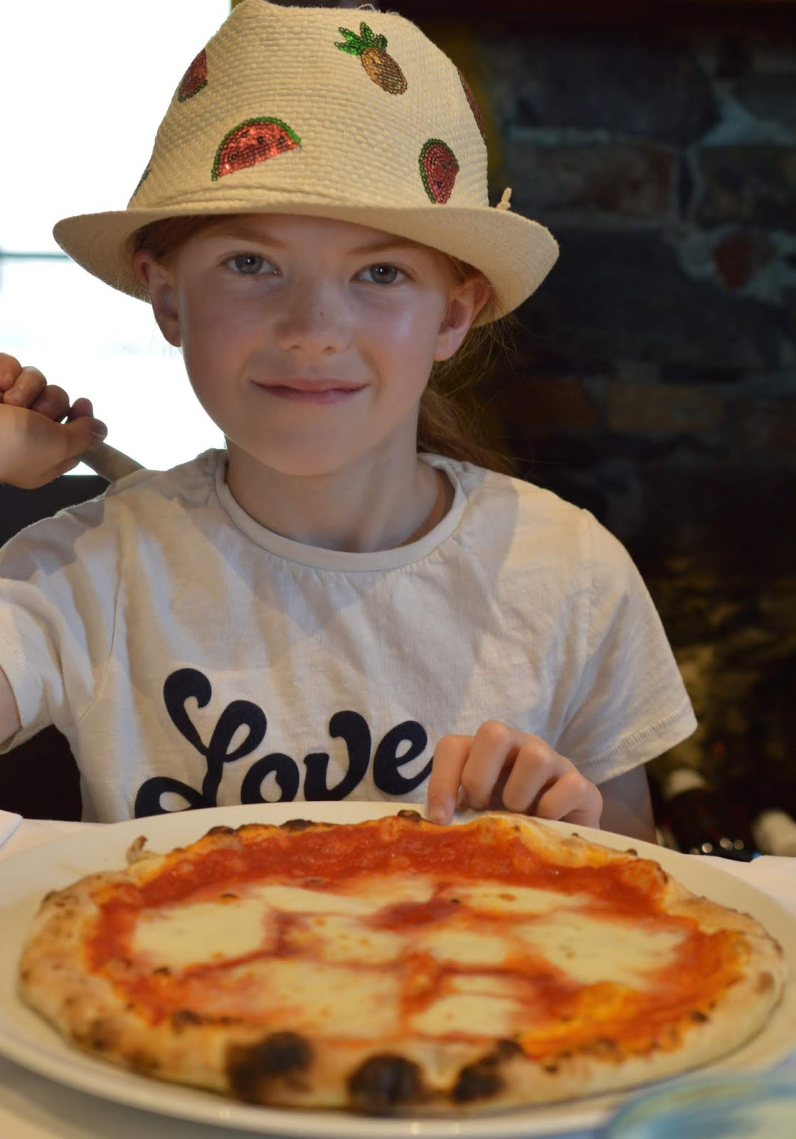 How to spend a weekend in Genoa with kids - Italian pizza for kids at the old port