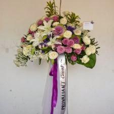 Standing Flower Aruna Florist