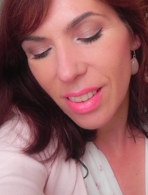 Maquillaje fácil oro rosa primavera