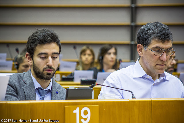 Richard Laub, Pietro De Matteis - Students for Europe - Stand Up For Europe - Parlement européen - Photo by Ben Heine