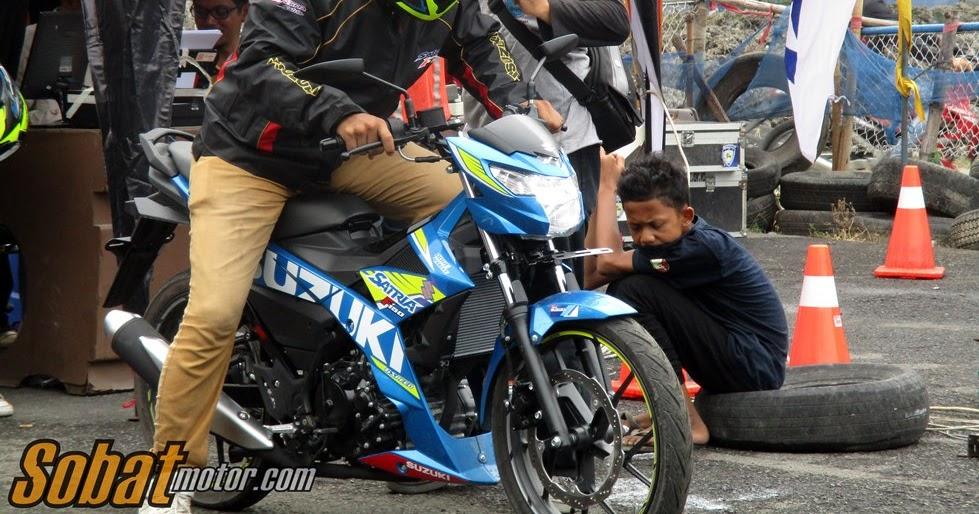 Video Drag Race Suzuki Satria F150 Injeksi dalam acara testridenya di kota Medan ...