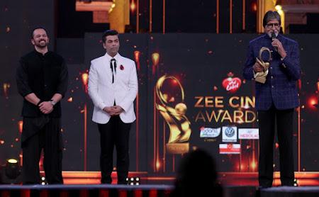 Poster Of Zee Cine Awards 2018 Watch Online Free Download