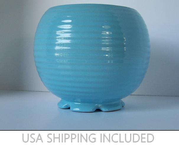 Blue-Pottery-Etsy-PRIMPING -Frame-Template2-slide-show
