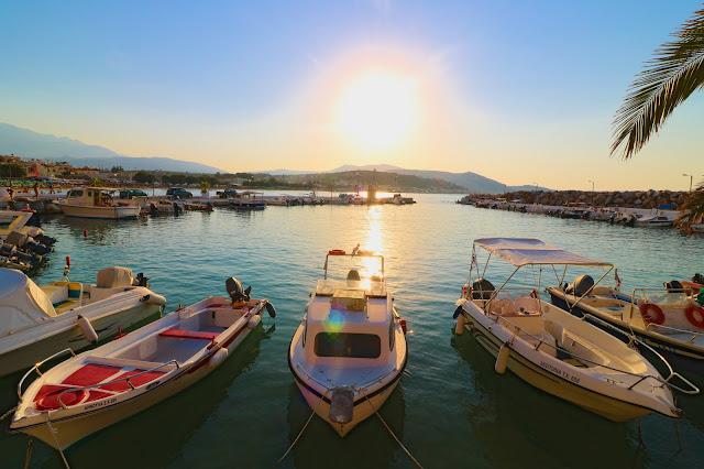 port w Kalives, port, wakacje, podróże