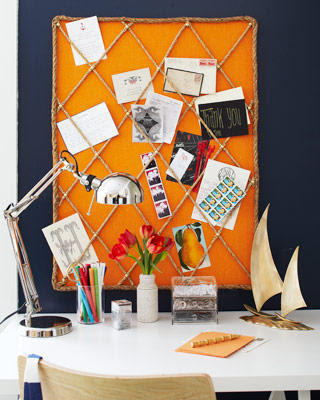 memo board with rope