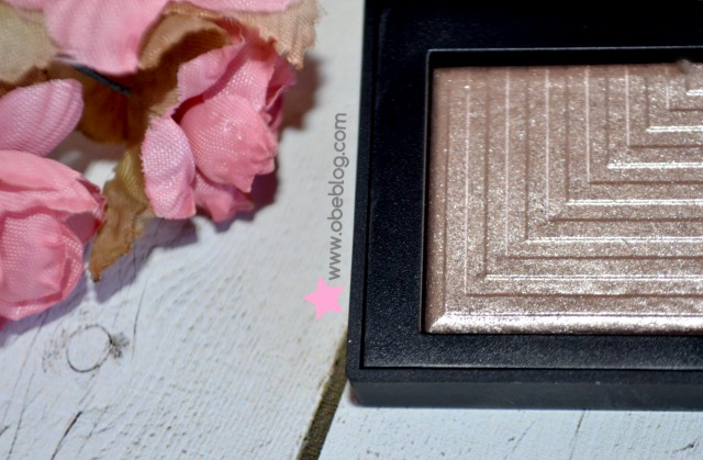 NARS_Dual_Intensity_Eyeshadow_Dione_02