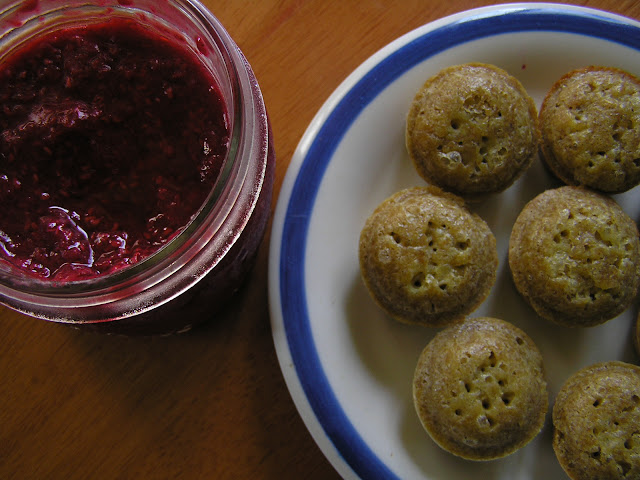 raw raspberry jam with corn muffins