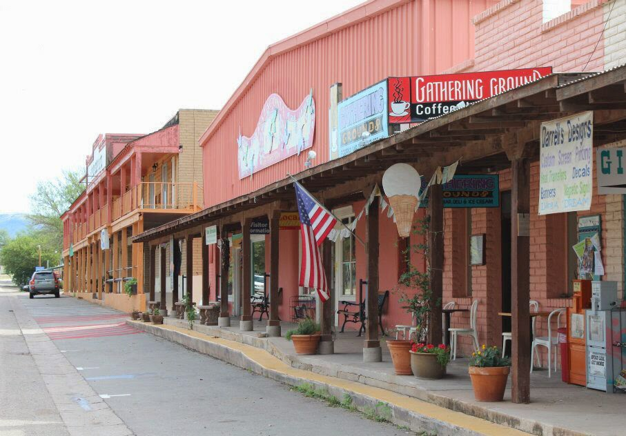 On One Side Of The Historic Train Station Runs Highway 82 And Other Is A Cute Strip With Hotel Restaurant Gift Coffee