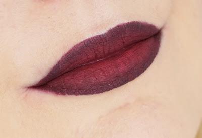 essence - Midnight Masquerade LE Halloween Ombre Lips