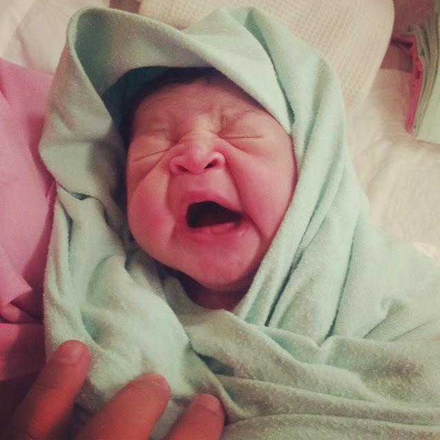 Ternyata, Tangisan Bayi Baru Lahir Itu Ditusuk Setan