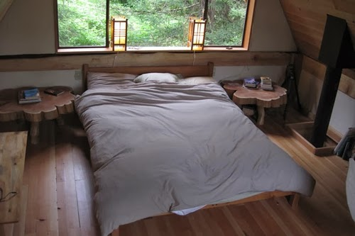 06-Bedroom-Japanese-Zen-Forest-House-Brian-Schulz-www-designstack-co
