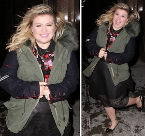 Kelly Clarkson has A Blast Before showing On The Tonight Show With Jimmy Fallon