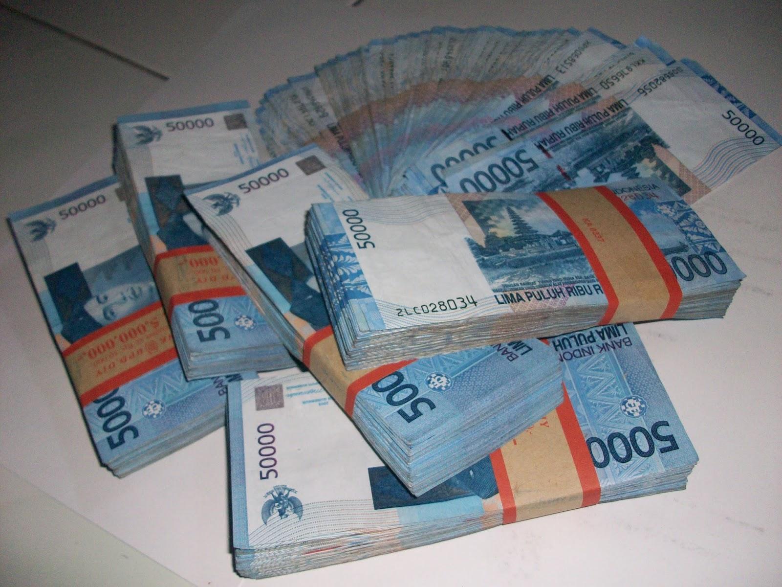 Download 930 Gambar Gambar Uang Banyak  Gratis
