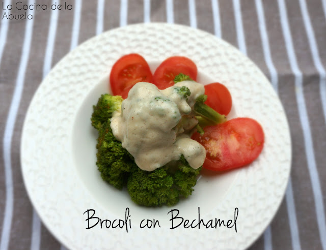 Brócoli en Salsa Bechamel.