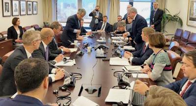 Данилюк і Смолій сподіваються отримати транш від МВФ до літа
