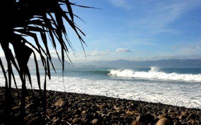 Pantai Cimaja