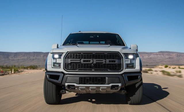 На тесте Ford F-150 Raptor