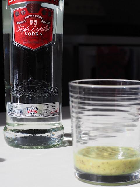 Cocktail Recipe Kiwifruit Moscow Mules Adventures of a London Kiwi