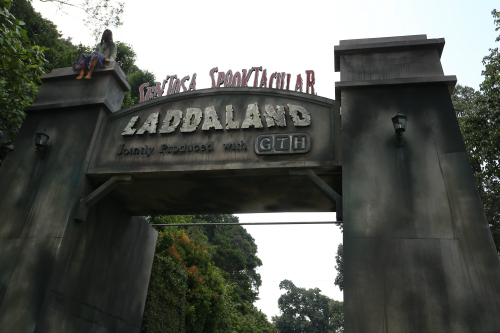 Movie Horor Dari Thailand : Kumpulan Foto Ladda Land, Fakta Ladda Land dan video Ladda Land