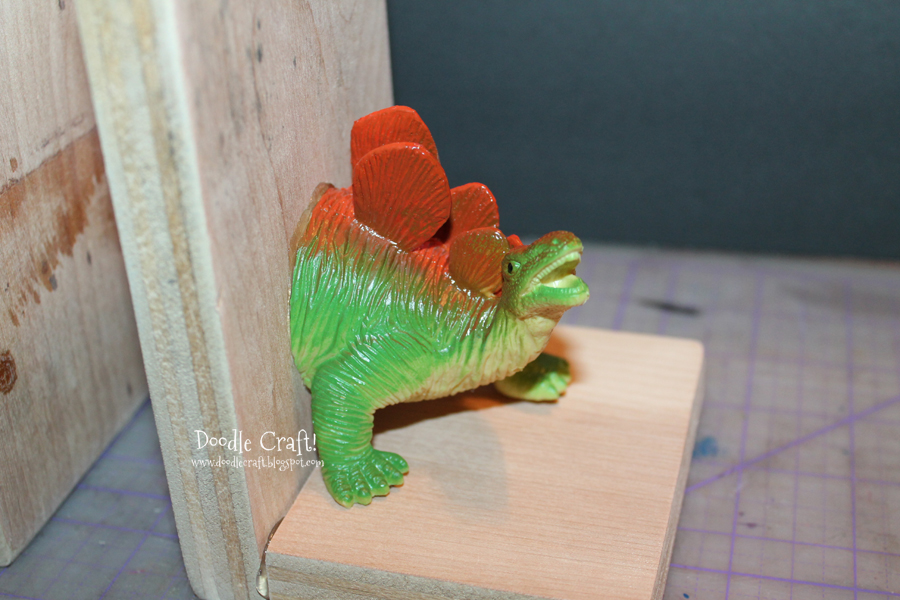 Cool Knife Block Doodlecraft: Dinosaur Bookends With Hot Glue!