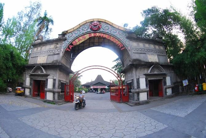 Taman Sriwedari, Tempat Hiburan Rakyat di Kota Solo Yang Melegenda