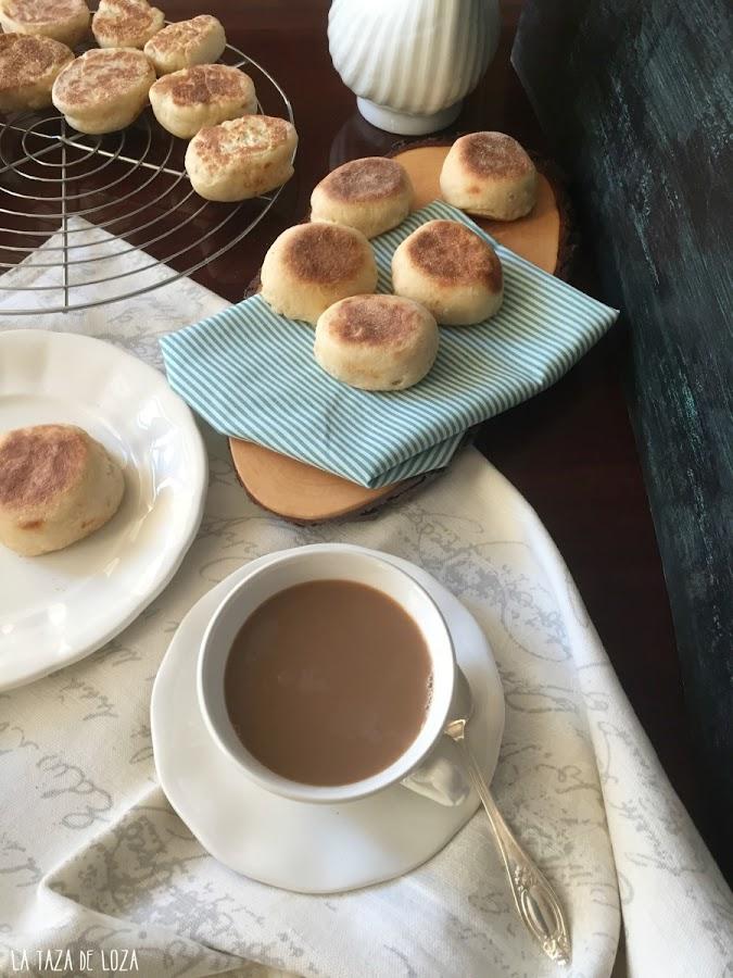 muffins-y-taza-de-café