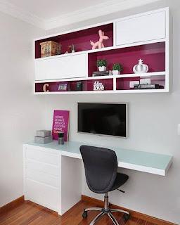 oficina blanca y fucsia