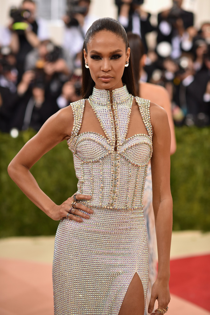 Joan Smalls at the 2016 MET Gala