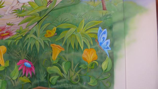 Künstlerische Wandmalerei Wandgemälde mural, aranżacja pokoju dziewczynki, inspiracje, warszawa
