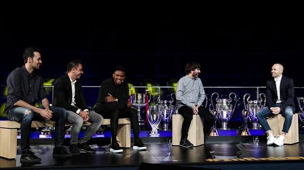 Vidéo - L'hommage de Samuel Eto'o et d'autres légendes du Barça à Iniesta