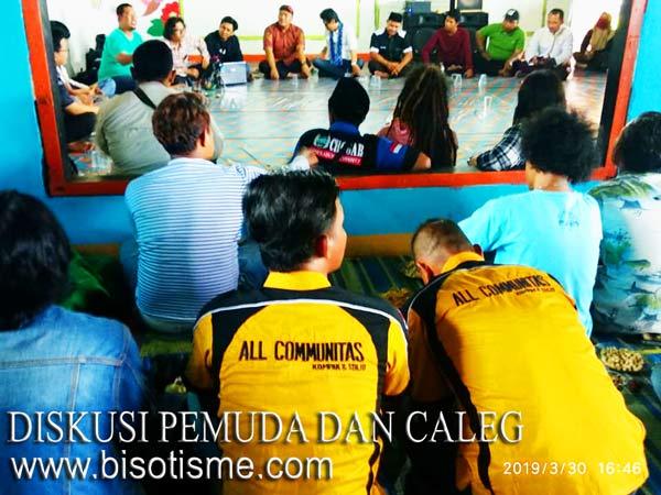 Diskusi Pemuda Dengan Calon Wakil Rakyat
