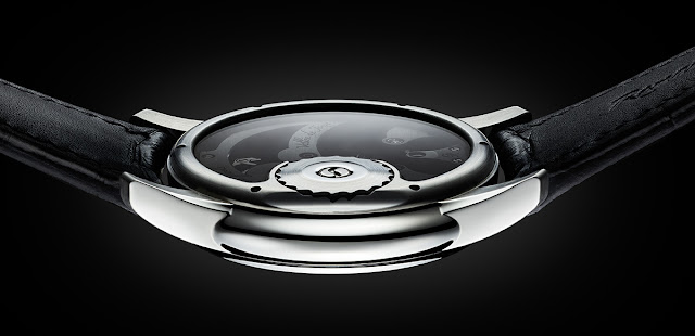 The back side of the Romain Gauthier Prestige HMS Stainless Steel with Meteorite Dial