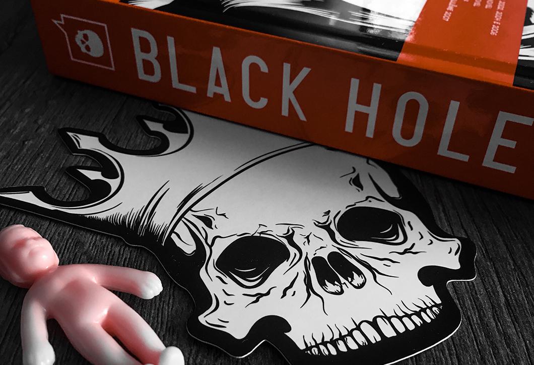 Black Hole: monstrificação de jovens pós-coito na HQ de Charles Burns? | Resenha