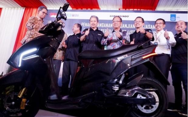 Tidak Bisa Bikin Motor dan Mobil Listrik 122 Fakultas Teknik Se Indonesia Ditutup Aja