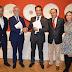Jaime Ramos, rubrica la firma de un nuevo convenio de colaboración para la financiación de un cuarto mural cerámico en Talavera con representantes de la empresa Ferrovial.