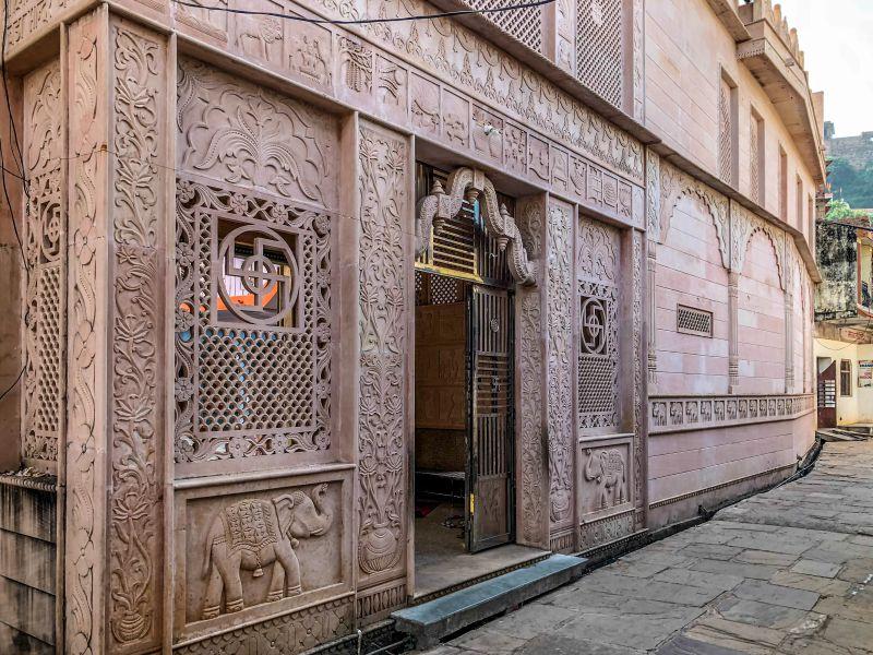 Chaubisi Jain Mandir