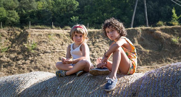 Verão 1993: filme traz abordagem sensível do luto de uma criança