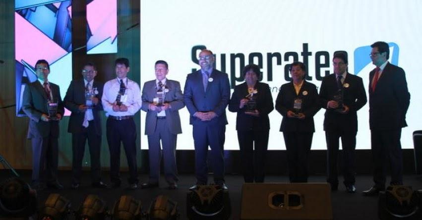 MINEDU premia proyectos y buenas prácticas en Superatec 2018 - www.minedu.gob.pe