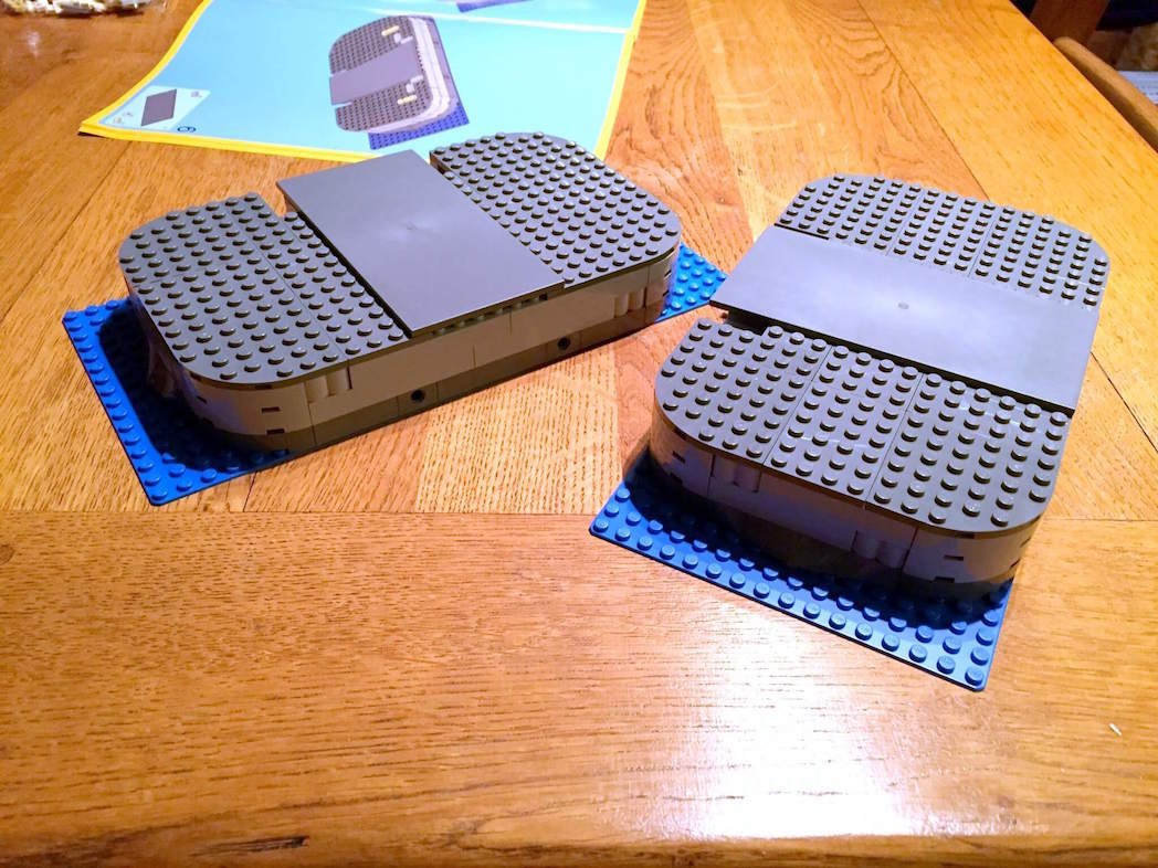 Building Lego Tower Bridge 10214 | Continuing the build...